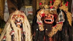 Balinese Barong ritual dance during open air ceremony at Pura Saraswati temple in Ubud, Bali, Indonesia.