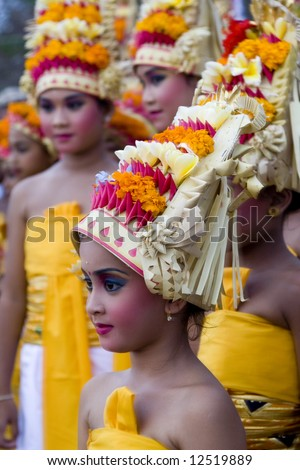 Balinese girls in tradtional dress during the Melasti ceremony in Bali