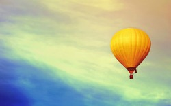 balloon in the sky .