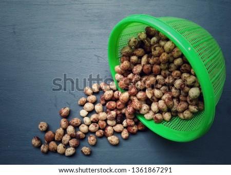 """Bambara groundnuts (Vigna subterranea also known as """"kacang bogor"""" in Indonesian language"""