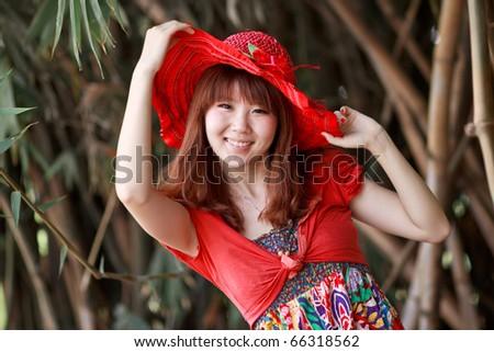 bamboo grove red girl
