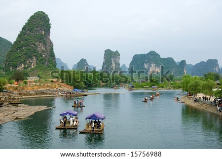 Bamboo raft at the Ulong river near Yangshuo, Guanxi province, China