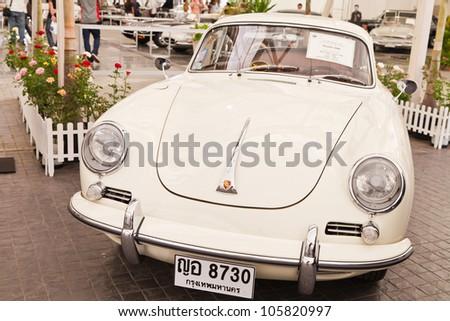 BANGKOK - JUNE 20 : Porsche 356B (1966), 1,582 CC., on display at The 36th Bangkok Vintage Car Concours on June 20, 2012 in Bangkok, Thailand.