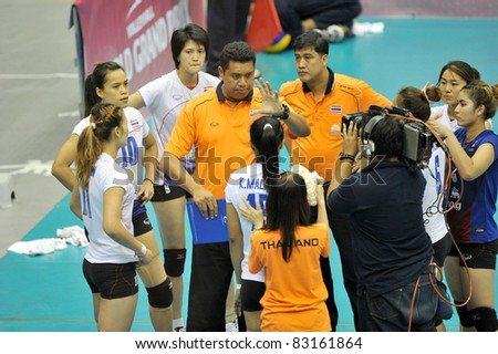 BANGKOK,THAILAND - AUG 19 :Head coach and players of THA during the match between THA and ARG of the 2011 FIVB World Grand Prix at Thai-Japanese Stadium on Aug. 19,2011 in Bangkok, Thailand