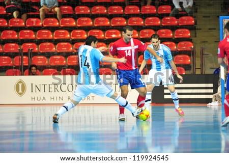 BANGKOK, THAILAND - NOV 12 : Unidentified players in FIFA Futsal World Cup Round of 16 match between Serbia (R) and Argentina (B) at Indoor Stadium Huamark on November 12, 2012 in Bangkok, Thailand