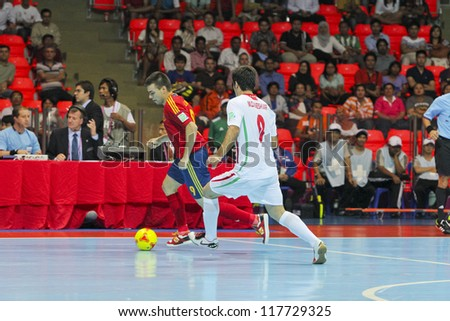 BANGKOK, THAILAND - NOV 2 : Unidentified players in FIFA Futsal World Cup thailand 2012 Between Spain (R) VS Iran (W) on November 2, 2012 at Indoor Stadium Huamark in Bangkok Thailand.