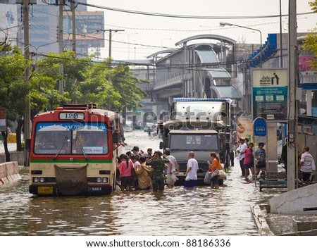 BANGKOK, THAILAND - NOVEMBER 5: Huge flood disaster in Thailand. As a result, unidentified people have to be evacuated from their houses on November 5,2011 Bangkok, Thailand.