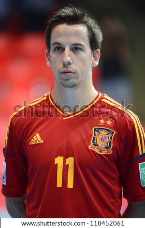 BANGKOK, THAILAND-NOVEMBER 05:Lin (red) of Spain flooks on prior to the FIFA Futsal World Cup between Spain and Panama at Indoor Stadium Huamark on November 5, 2012 in Bangkok,Thailand.