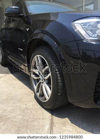 BANGKOK,THAILAND-NOVEMBER 19,2018:Wheel and rim design of 'BMW X4 F26' #1235984800