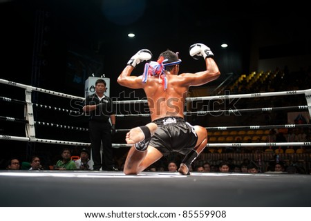 BANGKOK, THAILAND-SEPT 25: Unidentified fighter in Muaythai.During the Thai Fight Muay Thai ...The World's Unrivalled Fight at Thammasat University stadium on September 25,2011 in Bangkok,Thailand