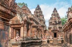 Banteay Srei - Angkor Wat Complex