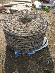 Barbed wire, galvanized, roll 300 meters