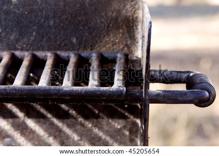 Barbeque grill grate and handle