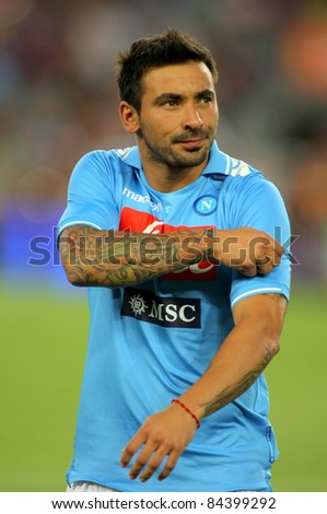 BARCELONA - AUG, 22: Ezequiel Lavezzi of SSC Napoli before Joan Gamper Trophy match between FC Barcelona and SSC Napoli at Nou Camp Stadium in Barcelona, Spain. August 22, 2011