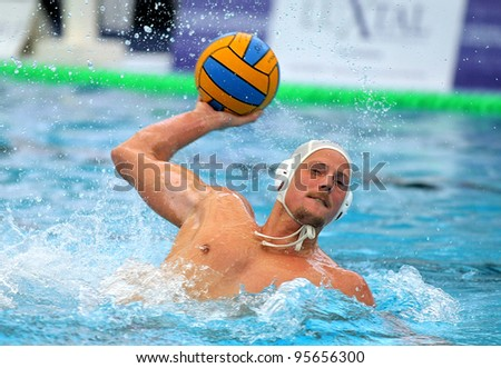 BARCELONA - FEB 17: Hungarian player Arpad Babay of CN Mataro in action during the Spanish kings cup 1/8's match against CN Monjuich in Sant Andreu swimming pool , February 17, 2012 in Barcelona, Spain