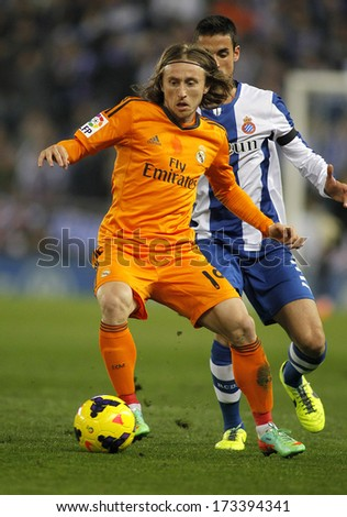 BARCELONA - JAN, 12: Luka Modric of Real Madrid during the Spanish League match between Espanyol and Real Madrid at the Estadi Cornella on January 12, 2014 in Barcelona, Spain