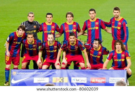 BARCELONA - JANUARY 12: Barcelona players before the football Spanish Cup match between FC Barcelona and Real Betis, final score 5 - 0, on January 12, 2011 in Camp Nou stadium, Barcelona, Spain.