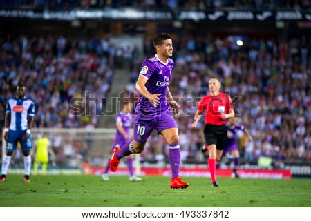 BARCELONA - SEP 18: James Rodriguez plays at the La Liga match between RCD Espanyol and Real Madrid CF at RCDE Stadium on September 18, 2016 in Barcelona, Spain.