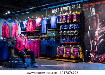 2f814790e BARCELONA, SPAIN - 12 JANUARY 2018: Official Store FC Barcelona , clothing  and footwear