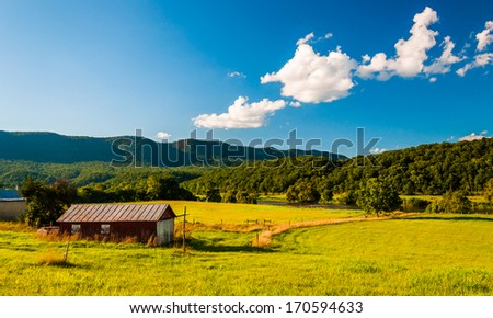 Barn and view of the Shenandoah River in the Shenandoah Valley, Virginia. #170594633