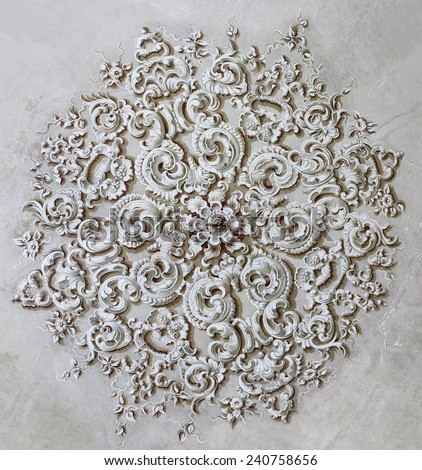 baroque ornament circle