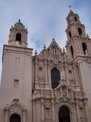 Basilica of Mission San Francisco de Asis,  Large Gothic church of the Mission Dolores