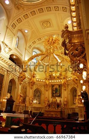 Basilique Notre-Dame-de-Quebec in Old Quebec City