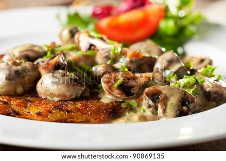bavarian mushroom sauce with hash browns