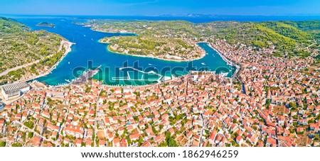 Bay of Vela Luka on Korcula island aerial panoramic view, archipelago of southern Dalmatia, Croatia Foto stock ©