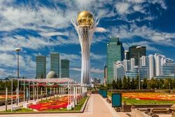 Bayterek Tower, Nurzhol Bulvar in Nursultan. Astana Kazakhstan