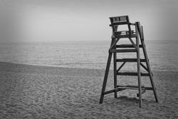 Baywatch chair B&W