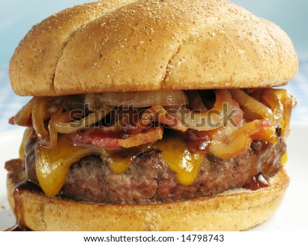 BBQ Cheeseburger With Bacon