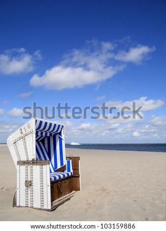beach chair and boat