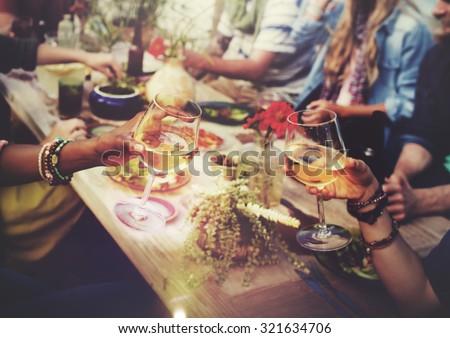 Beach Cheers Celebration Friendship Summer Fun Dinner Concept ストックフォト ©