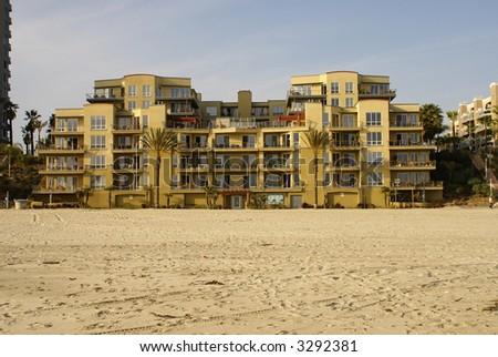 Beach front condos Long Beach California