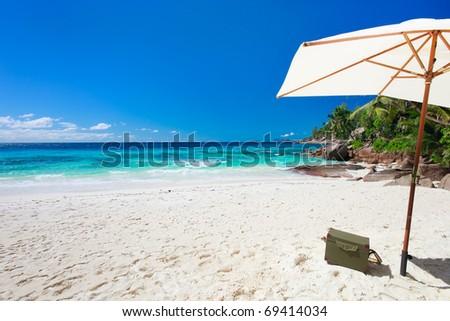 Beach picnic on exotic white sand beach