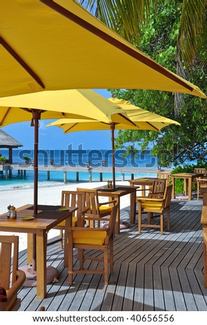 beach restaurant with view over ocean