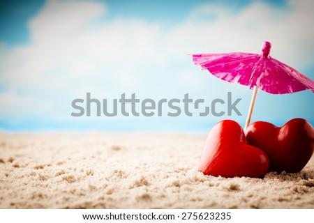 Beach Valentine\'s Day. Greeting card newlyweds.