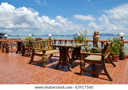 Beachfront restaurant in Chinese style