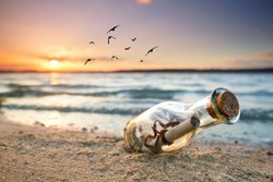 beachlife - romantic message in a bottle