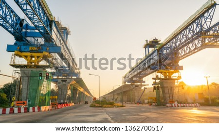 Beam Launcher is used in the erection of precast beam bridges for span by span method of construction for precast beam girders like U-beam, T-beam, I-beam #1362700517