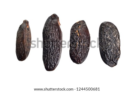 Bean of Dipteryx odorata, cumaru or kumaru. Its seeds are known as tonka beans, sometimes tonkin beans or tonquin beans.