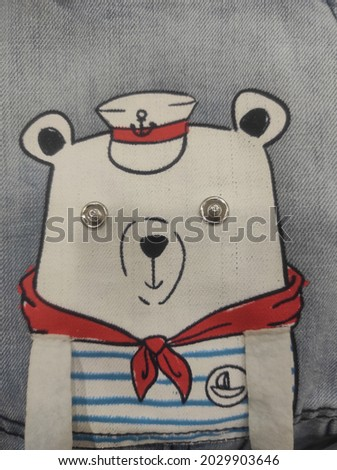 bear sailor, drawing on clothes Foto stock ©