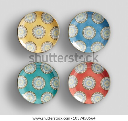 beautiful appearance of hand-painted four plates #1039450564