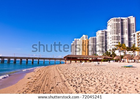 beautiful beach with appartments and skyscrapers at Sunny Islands, Miami early morning