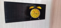 Beautiful black and yellow Timepiece  table clock