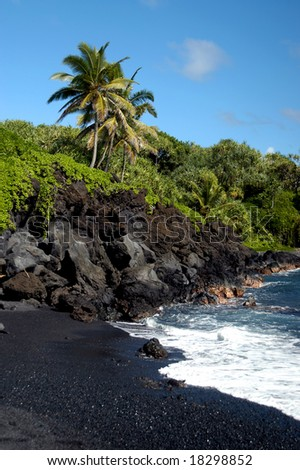 Beautiful black sand beach at Waianapanapa State Park on the island of Maui, Hawaii.