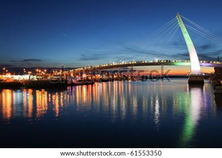 beautiful bridge night scene in taiwan, taipei
