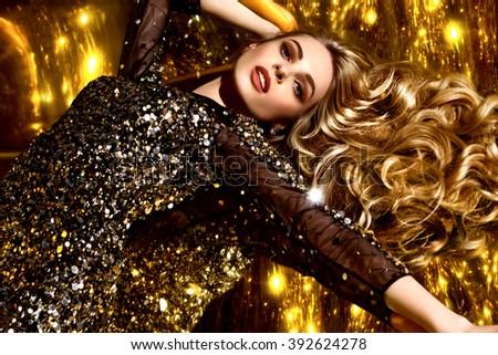 Beautiful brown hair Girl. Healthy Long Hair. Beauty Model Woman. Hairstyle