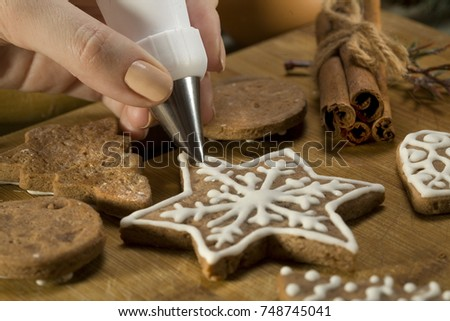 beautiful christmas cakes....